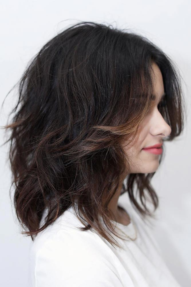 Middle Parted Choppy Lob Effortless Waves #choppybob #bobhairstyles #bobhaircuts #hairstyles #haircuts