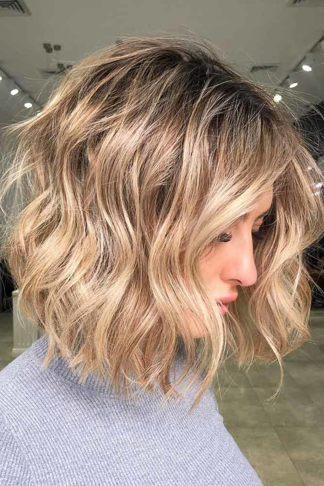 Middle Parted Messy Textured Bob #choppybob #bobhairstyles #bobhaircuts #hairstyles #haircuts