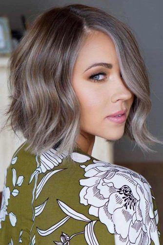 Side Parted Mid Length Choppy Bob #choppybob #bobhairstyles #bobhaircuts #hairstyles #haircuts