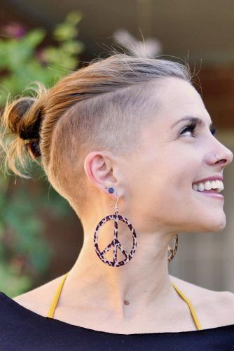 Top Knot With Undercut #halfshavedhead #hairstyles #undercut