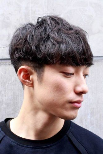 Medium & Wavy Two Block Haircut #twoblockhaircut #haircuts #menhaircuts