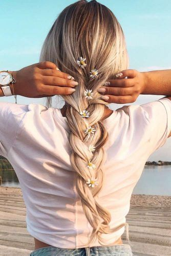 Simple Three Strand Braid #hippiehairstyles #braids