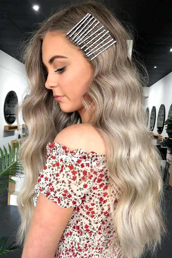 Long Wavy Hair Style With Hair Clips