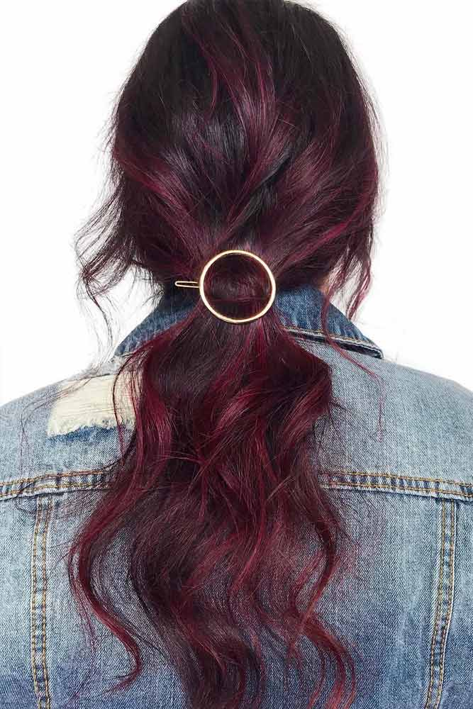 The Revival Of The Hair Clips Trend Types Of Barrettes & Ideas Every Modern Girl Should Know #hairclips #hairaccessories