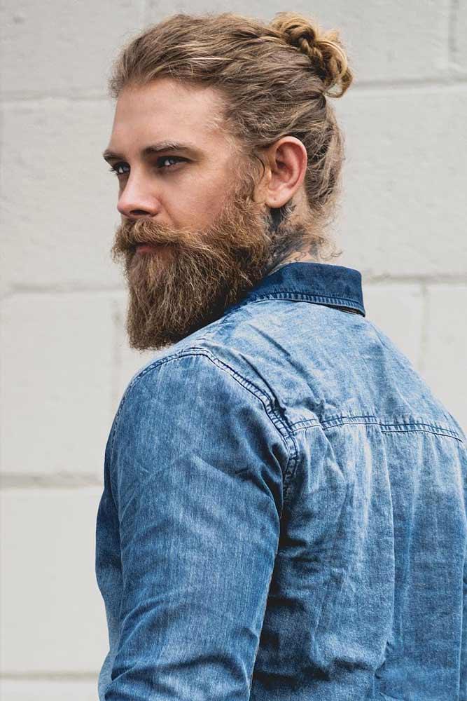 Loose Bun With Full Beard #samuraihair #menhairstyles
