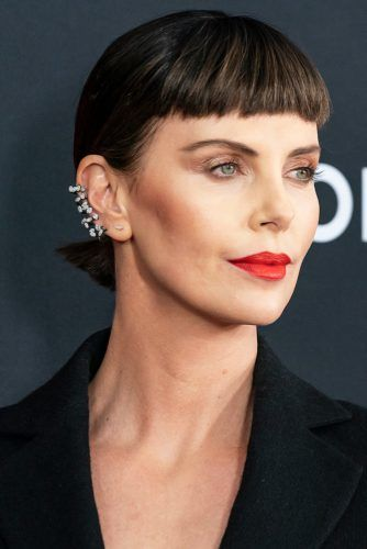 Charlize Theron Brunette #hairtransformation #celebrityhairtransformation