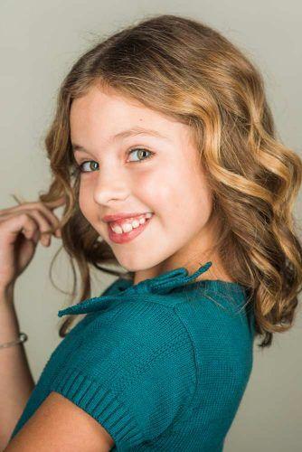 Middle Parted Wavy Lob #littlegirlhaircuts #haircuts
