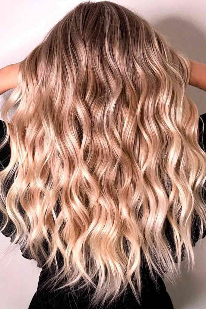 Bronde Hair With Glossy Streaks #streaks #glossyhair