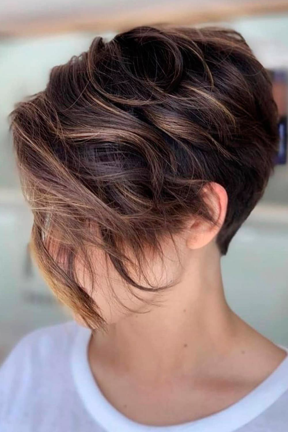 Asymmetrical Wavy Pixie With Caramel Highlights