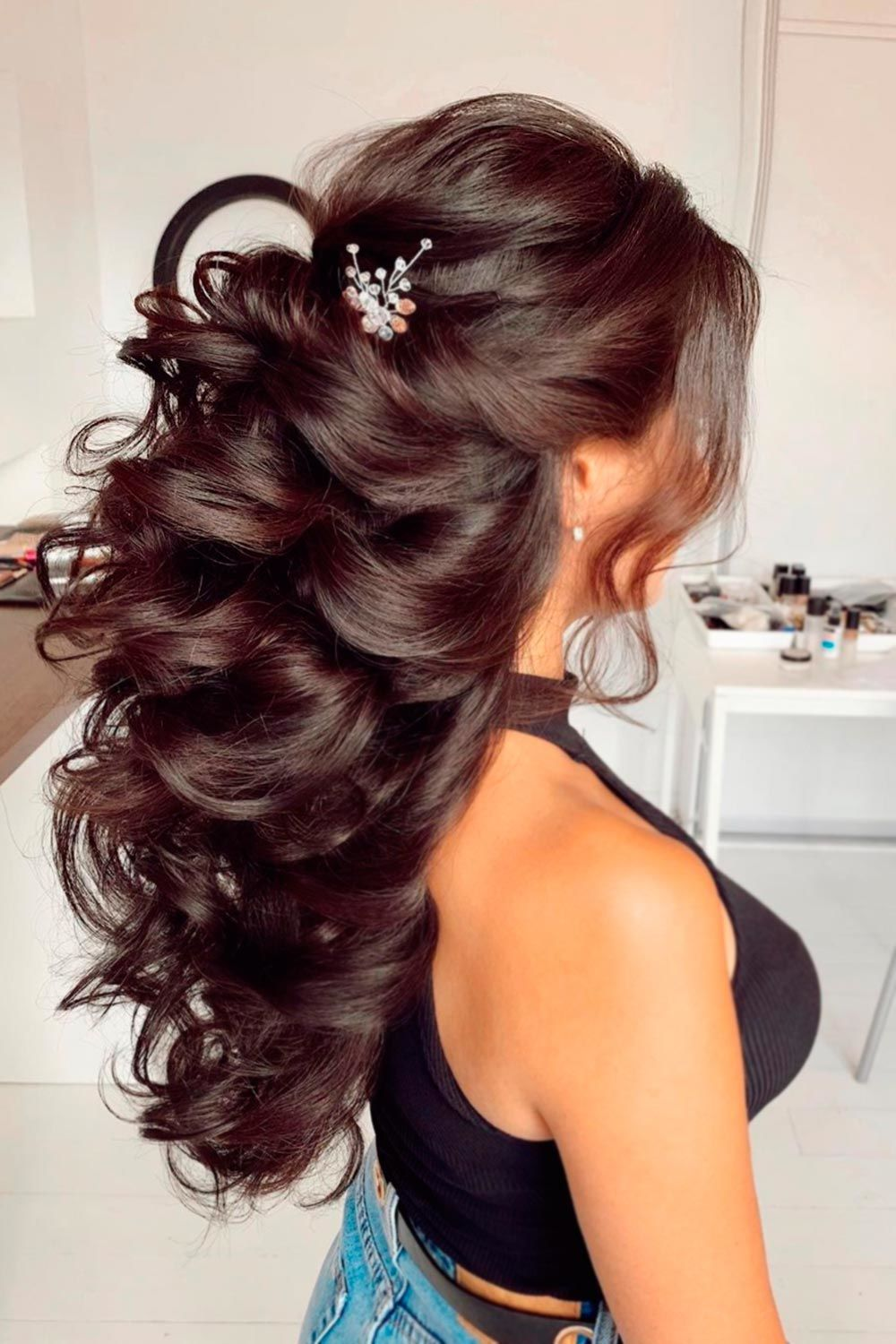 Royal Wedding Curls For Thick Hair