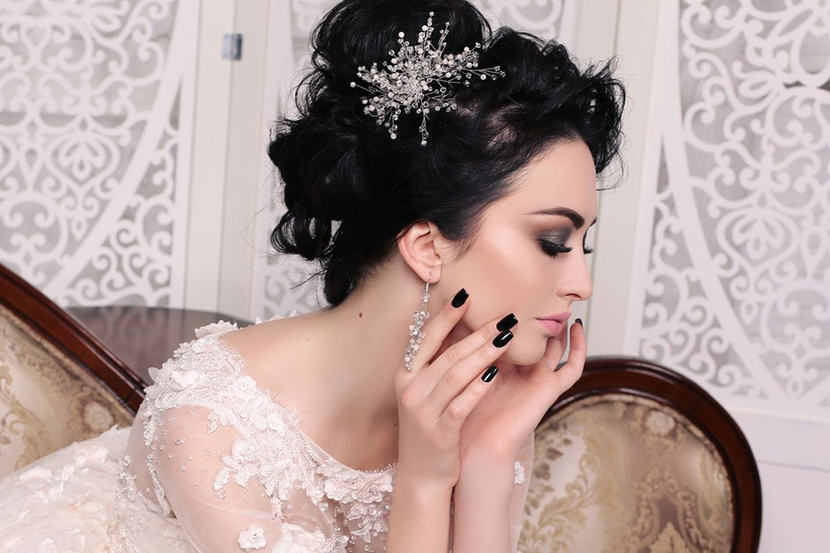 Swept Back Wedding Hairstyles For Your Special Bride Look