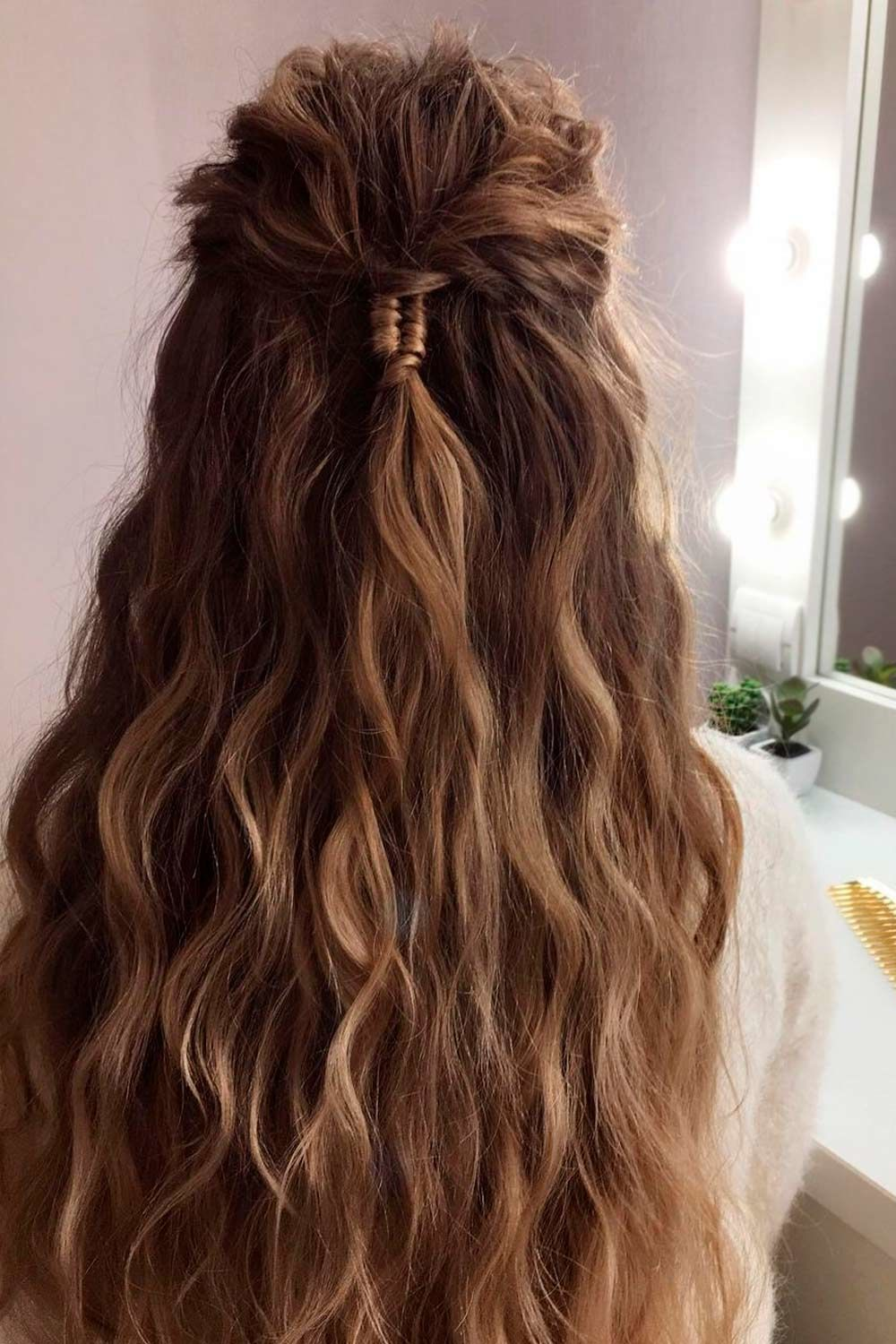 Inspiring and Simple Half-Up Bun Hairstyles For Long Hair