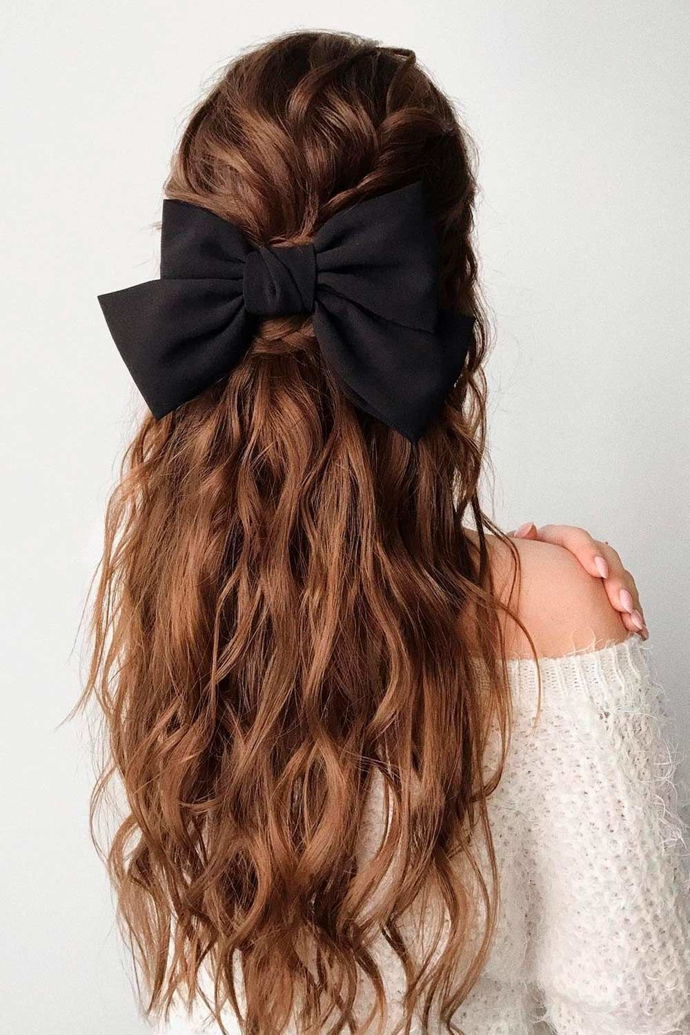 Accessorized Party Hairstyles For Wavy Hair