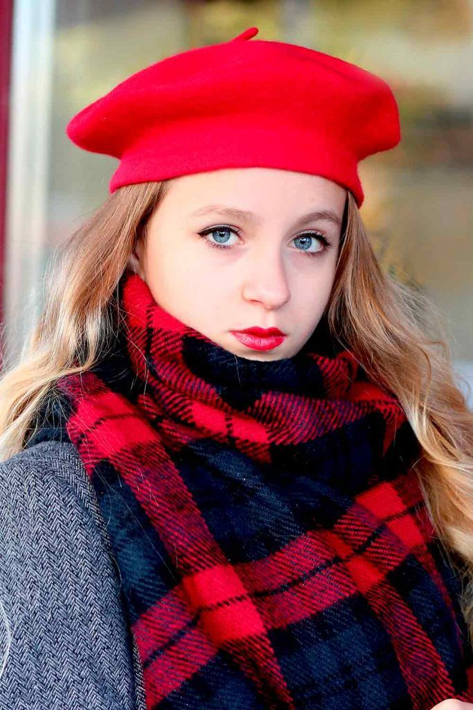 Keep the Seasons in Mind: Fall, beret hairstyles, beret looks, how to wear a beret hat with long hair