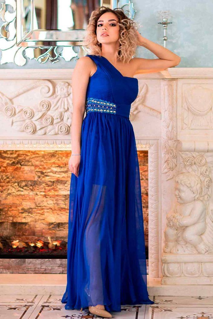 Elegant One-Shoulder Maxi With Hollywood Waves partying hairstyles, hairstyles for dresses, hairstyles for long dresses