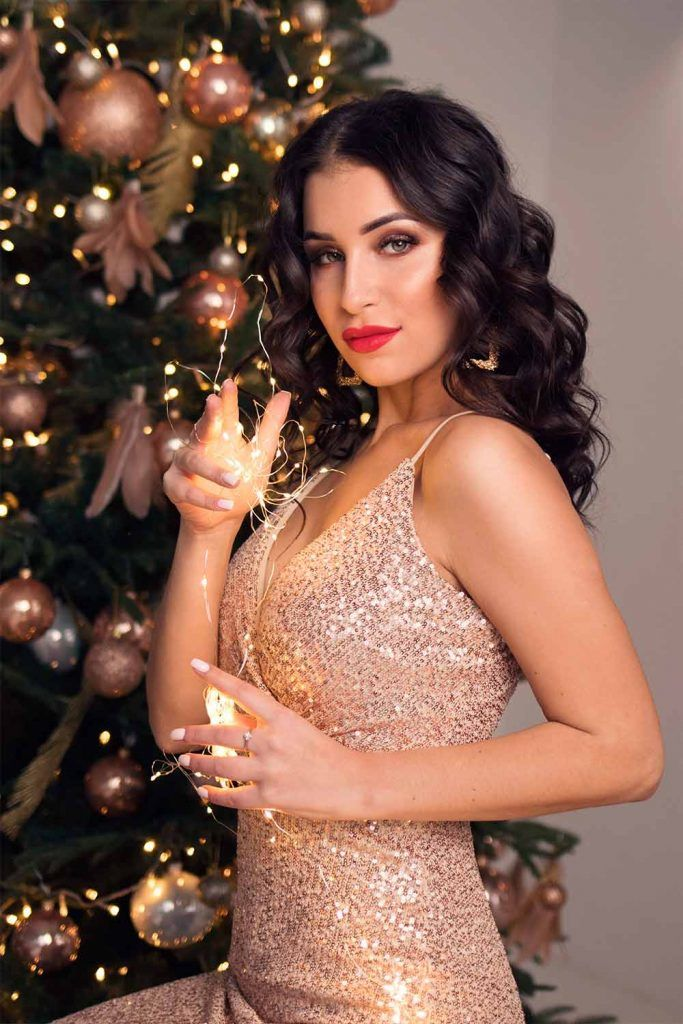 Gold And Sparkling Backless Dress hairstyles for christmas party, hairstyles for formal wear, hairstyles for cocktail dresses