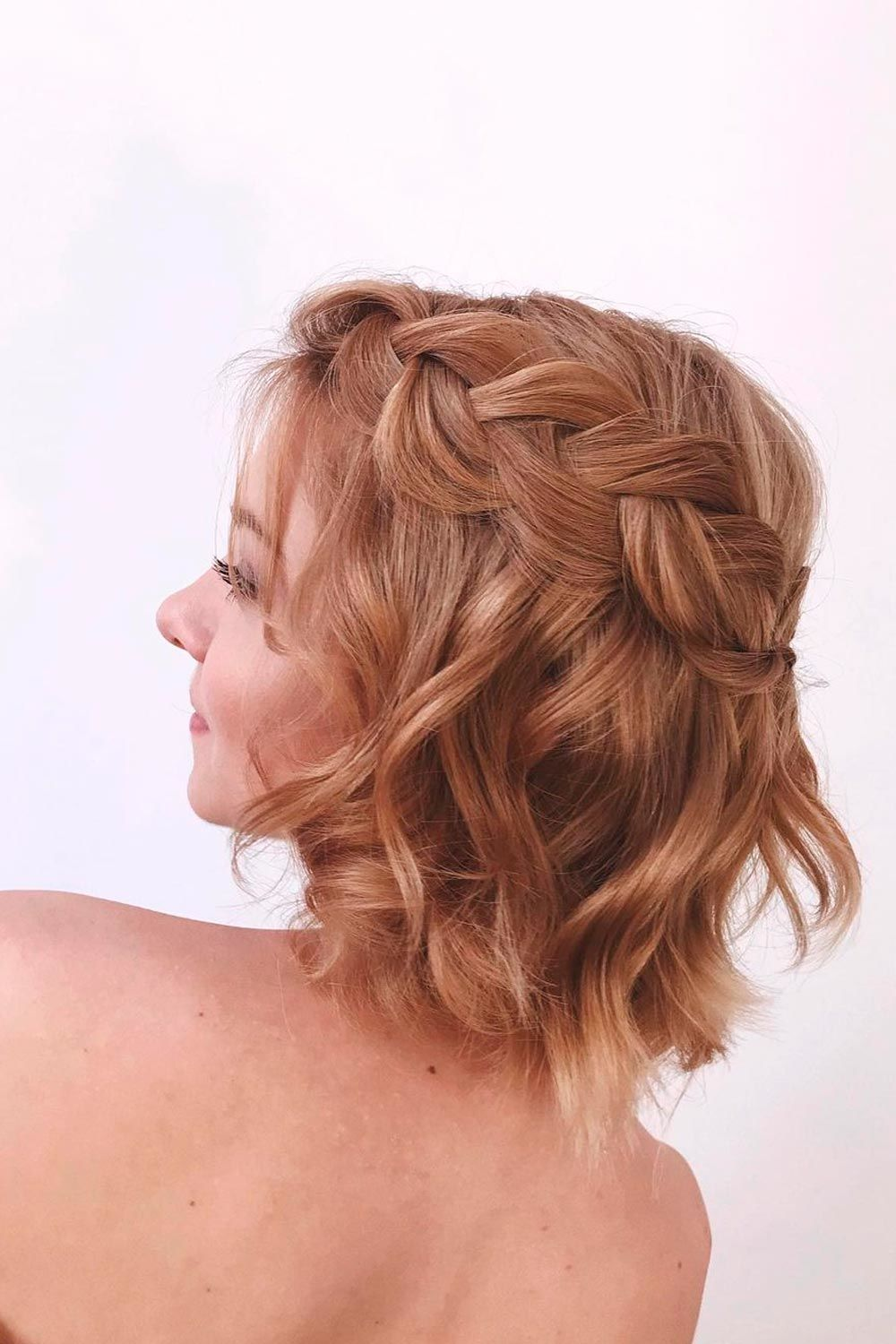 Short Hairstyles For A Christmas Party Lovehairstyles Com