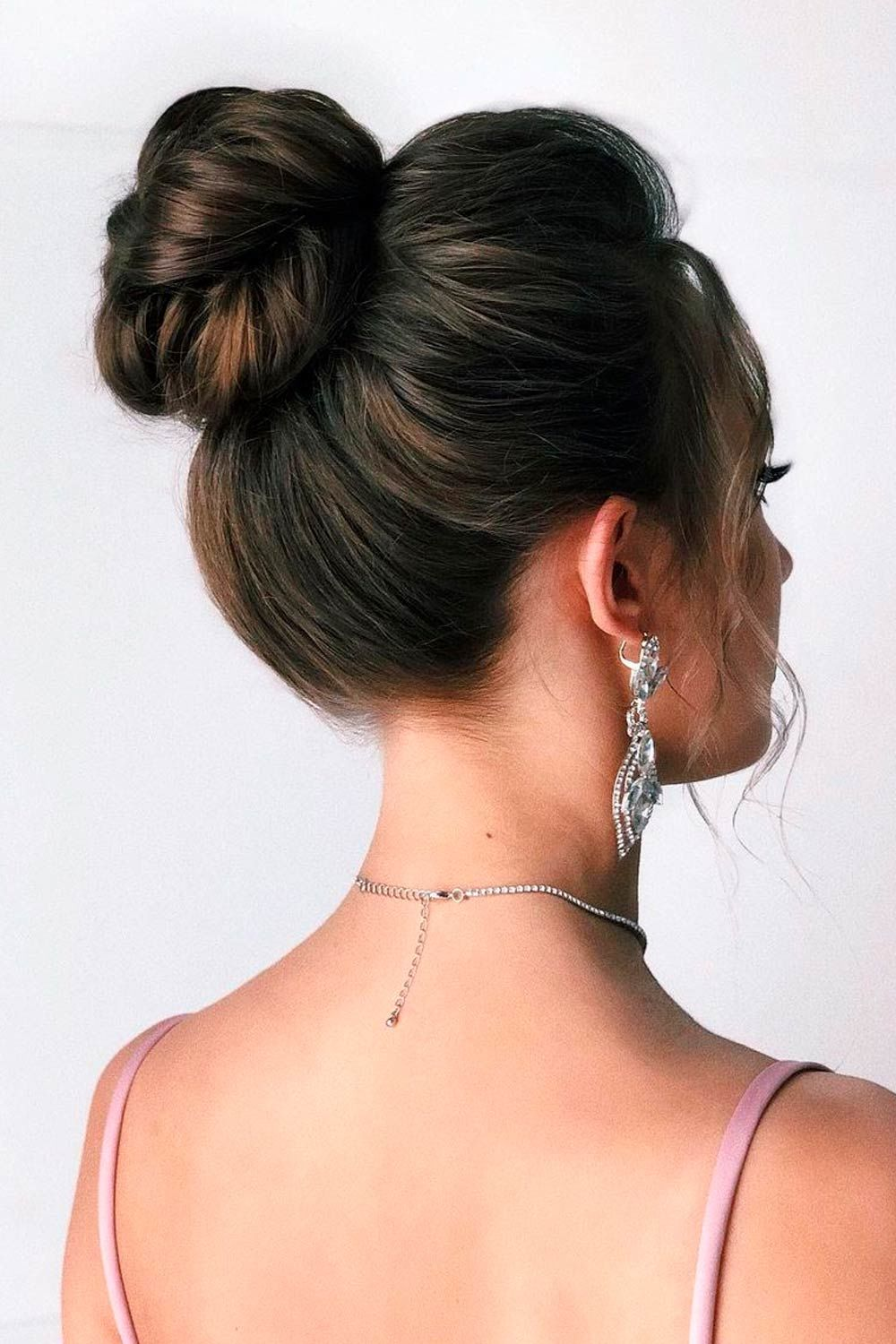 Elegant High Upstyle For Parties
