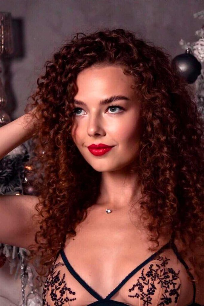 Long Curly Hairstyles, long curly weave styles, styles for long curly hair, haircut styles for long curly hair
