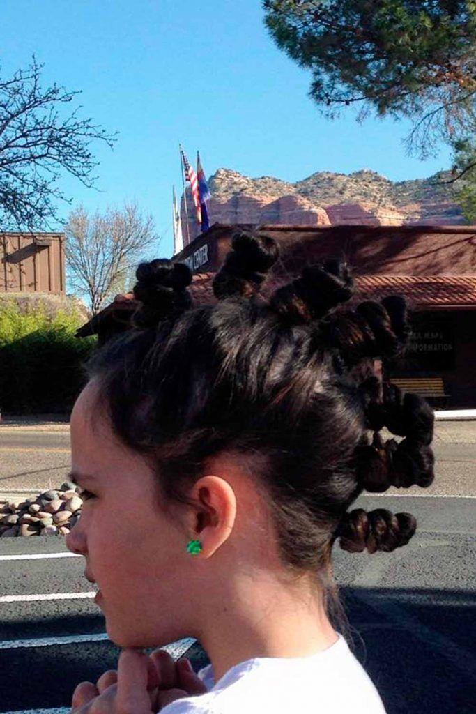 Sassy Mohawk-Like Bantu Knots Hairstyle, hair knots, cool knots, knots hair style