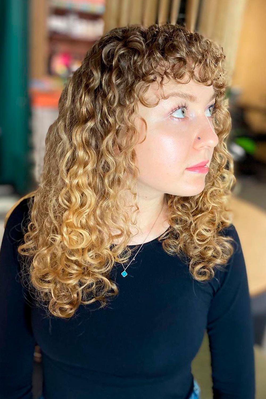 Curly Hair Bangs Trend, short curly bangs, bangs on curly hair, curly hair with bangs and layers