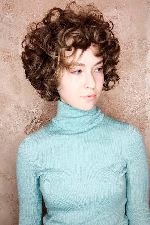 Curly Hair Bangs Trend, curtain bangs curly hair, curly hair with bangs and layers, curly bob bangs