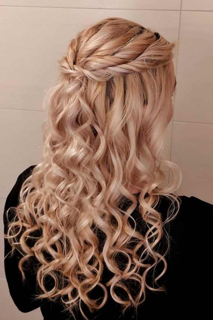 Girly Half Up Half Down With Disobedient Waves, elegant curly hairstyles, elegant long hairstyles, elegant hairstyles for long hair, elegant half updos, elegant down hairstyles, formal hair down