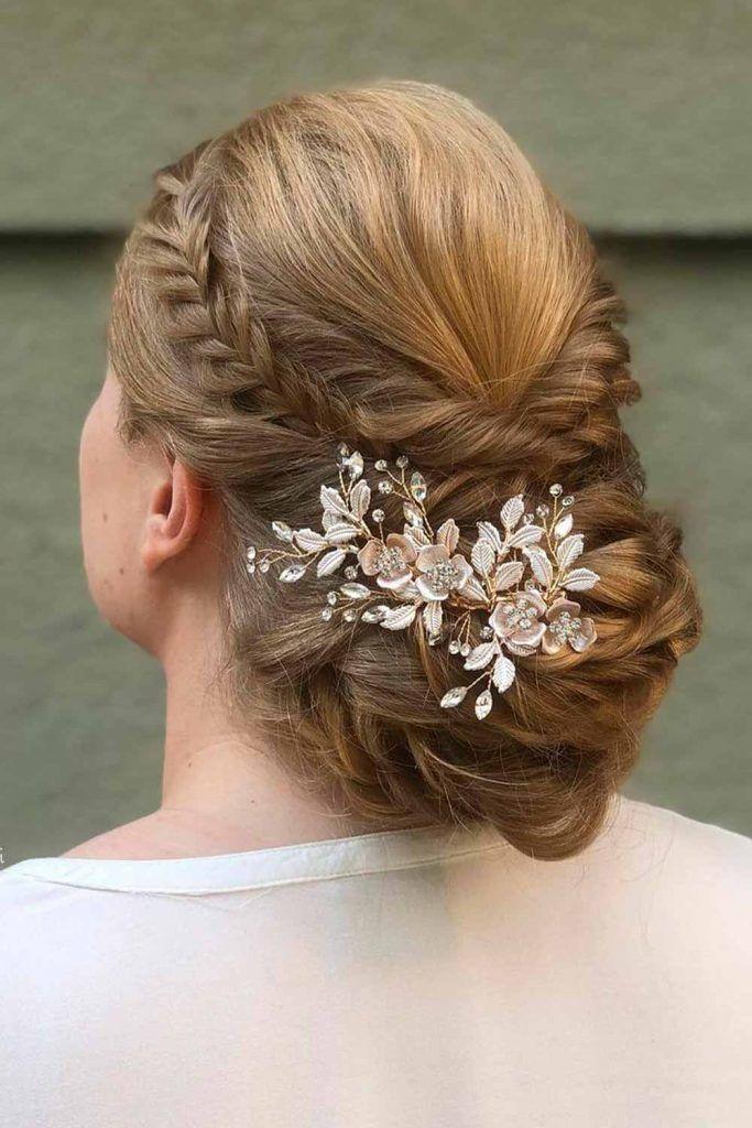 Crown Braid With Flowers, fishbone braid updo, braids fishbone, fishbone hair