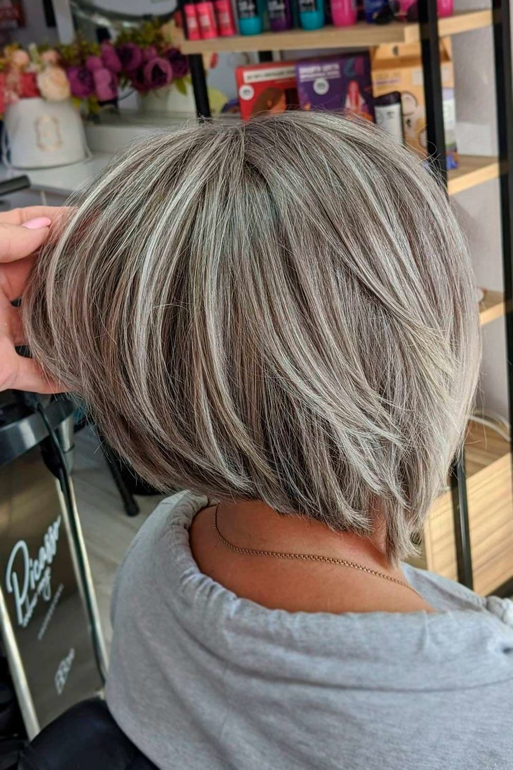 Ash Grey Highlights, hairstyle for 40 year olds, medium length hairstyles for women over 40, hairstyles for 40 years old