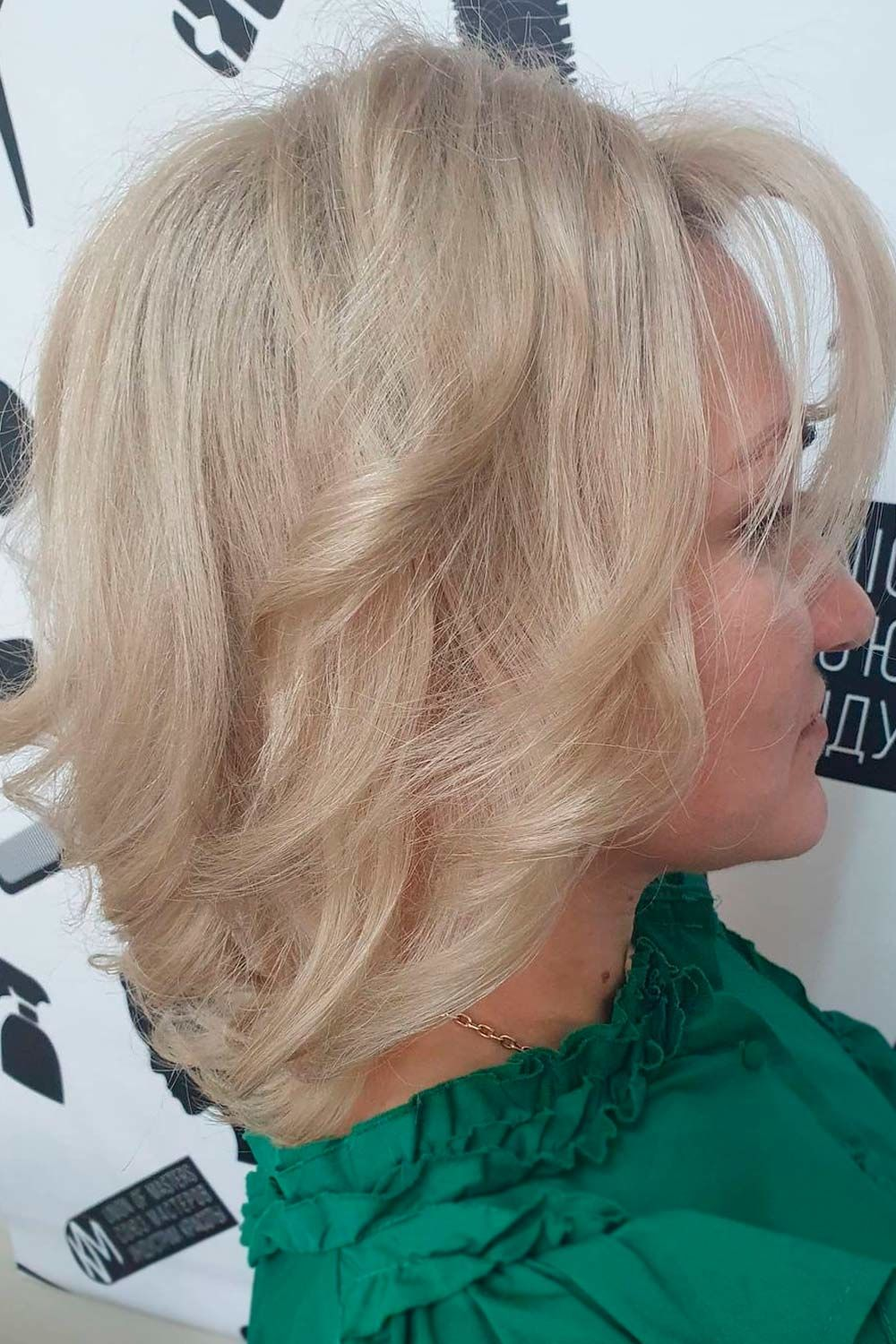 Short Haircuts For Women Over 50, bob haircuts for women over 40, best haircuts for women over 40, short haircuts for women over 40 with thick hair