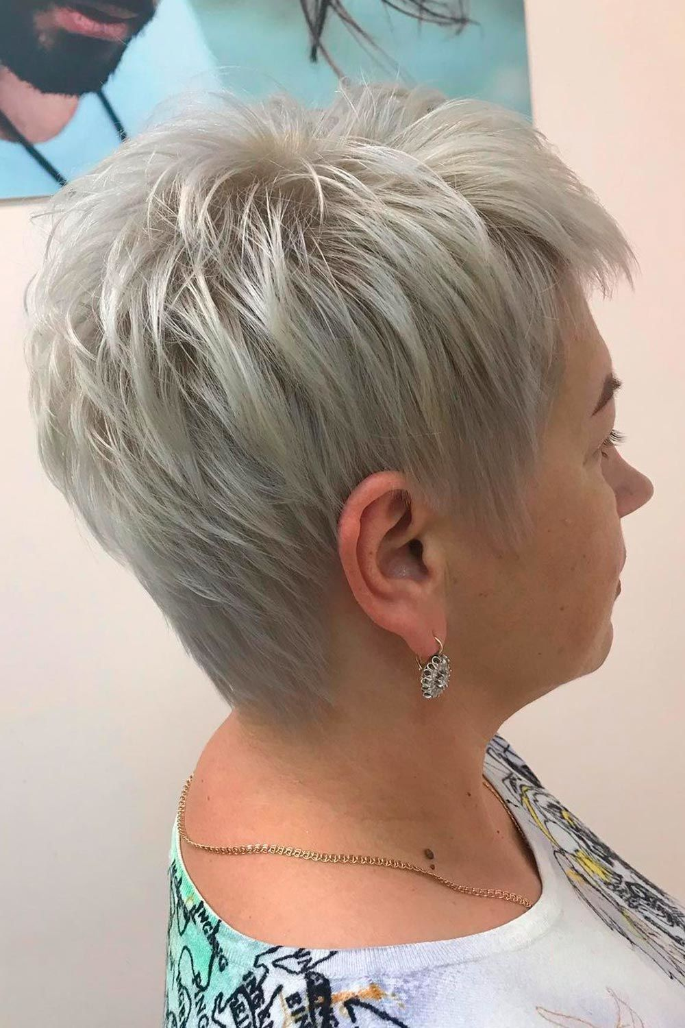 Platinum Pixie Hairstyles For Women Over 40, hairstyles for fine hair women over 40, medium length hairstyles with layers for women over 40, short hairstyles for thick hair women over 40