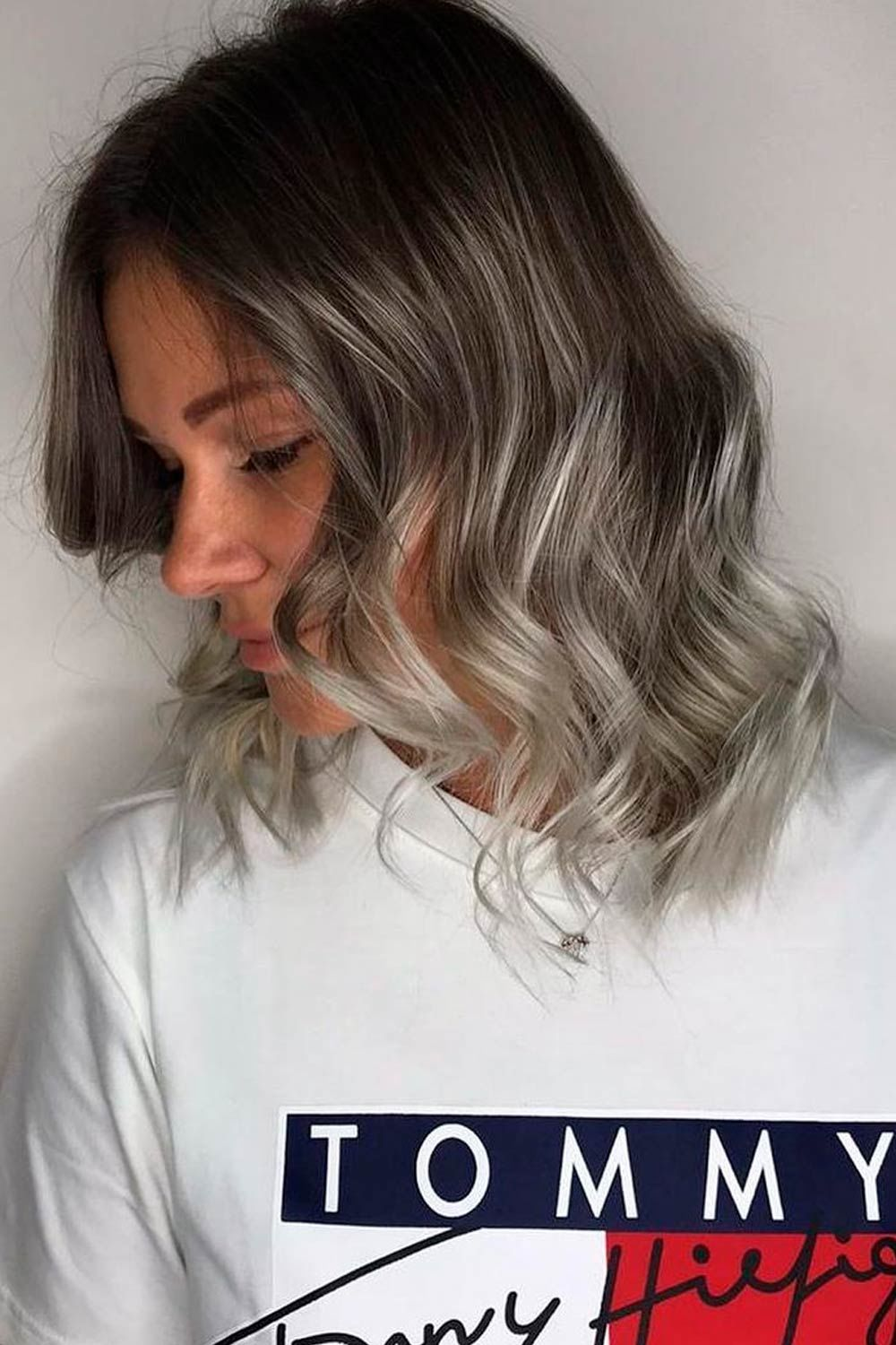 Dark Brown And Ash Blonde Ombre, ombre hair for short hair, short curly ombre hair, short pink ombre hair