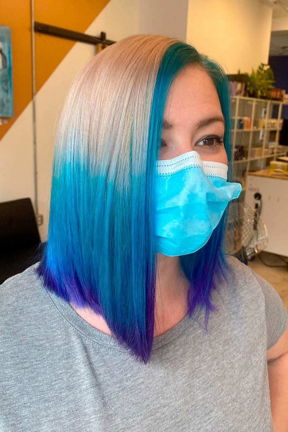 Mermaid Style With Blue And Blonde Reverse Ombre, how to do reverse ombre hair, reverse ombre straight hair, reverse ombre hair light to dark