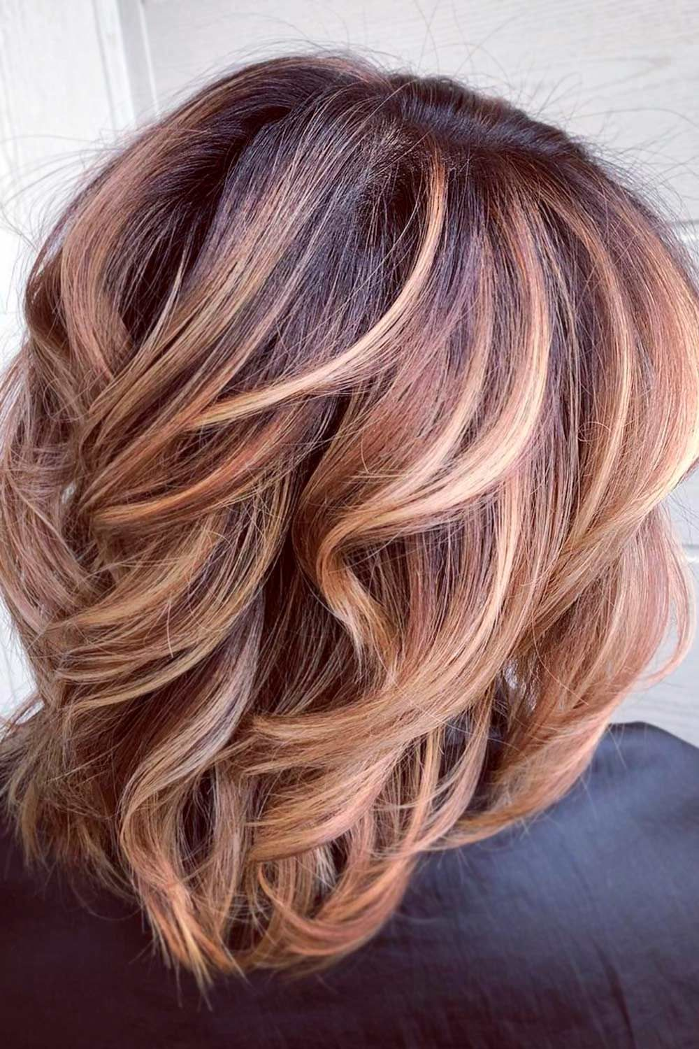 Wavy Highlighted Lob, wavy lob with bangs, textured long bob, shoulder length lob