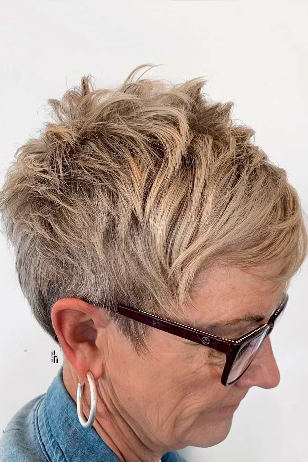 Messy Styling For Short Pixie, pixie haircut over 50, pixie haircuts for older women
