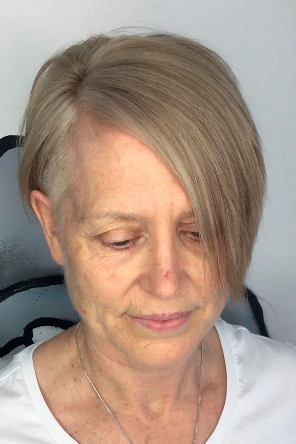 Side Parted Pixie Haircut, hairstyles pixie over 50, pixie haircut over 50