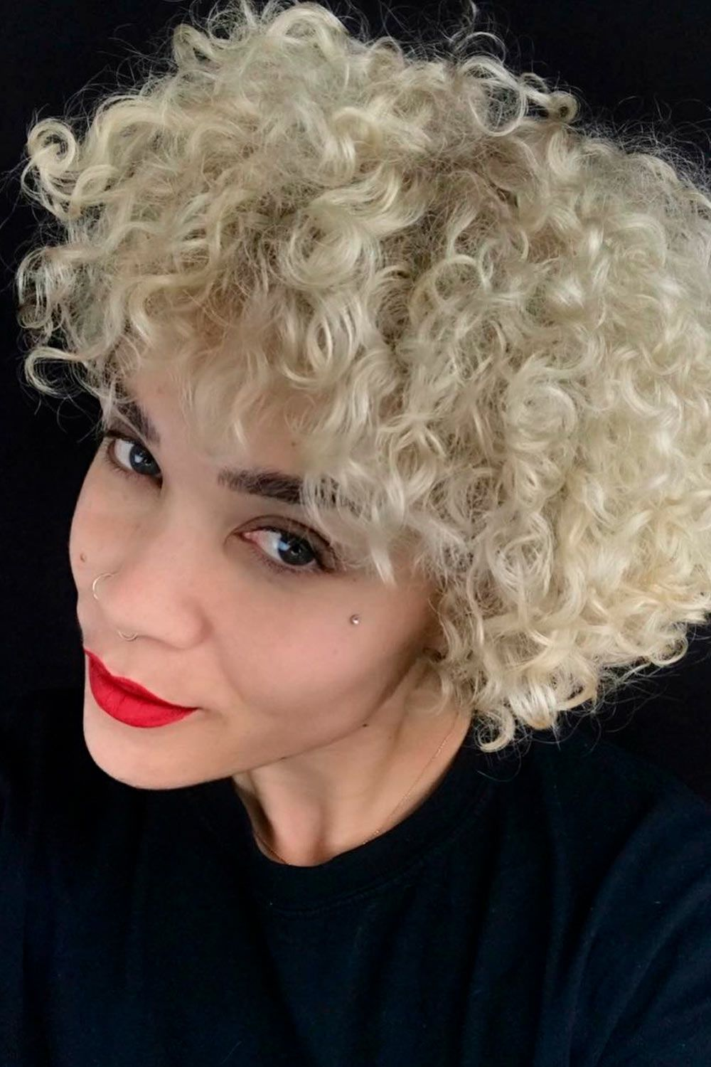 Short Curly Bob With Bangs, heart shaped face short haircut, pixie cut heart shaped face, short haircuts for heart shaped faces