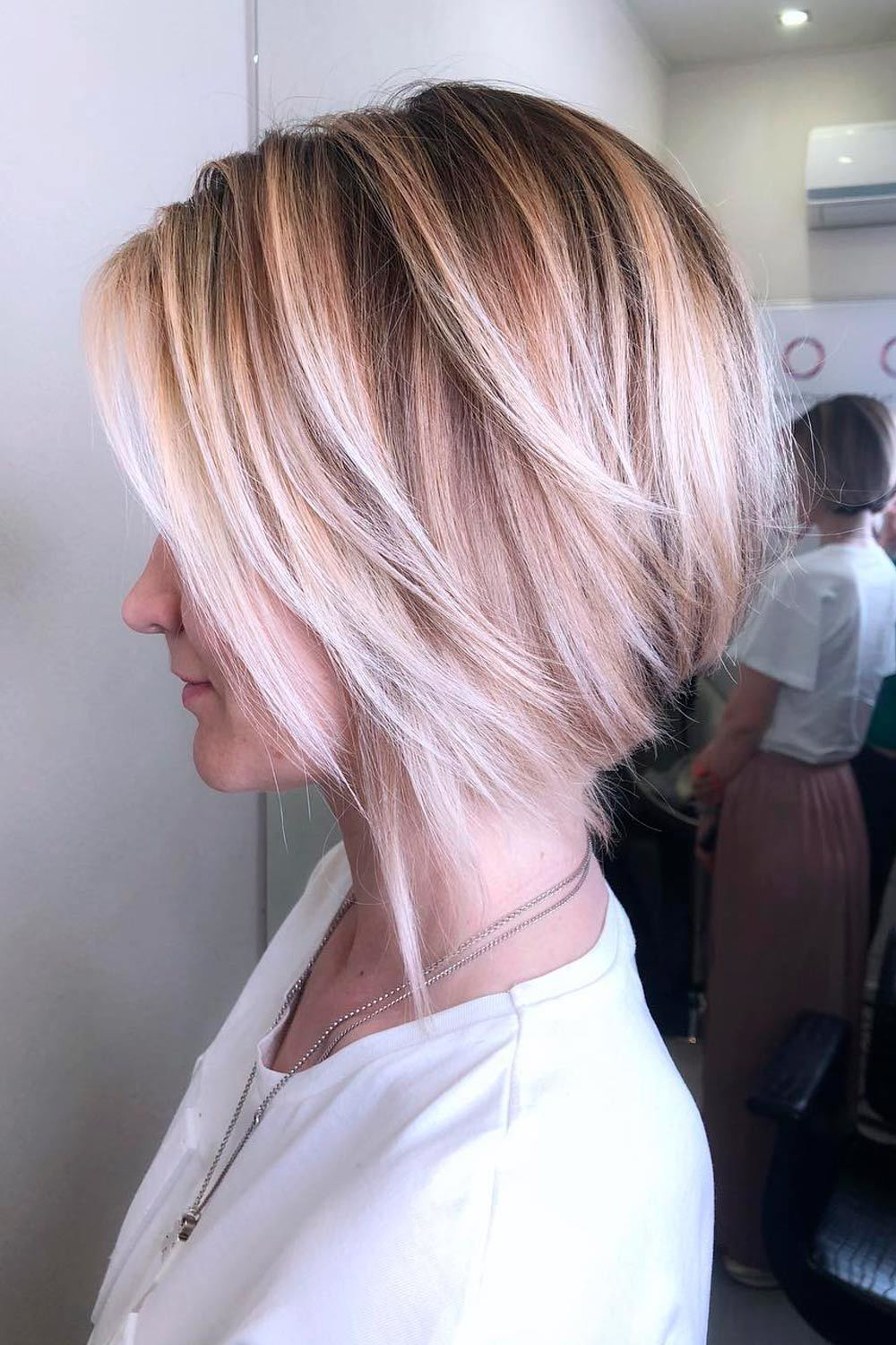 Layered Short Hairstyles For Round Faces, short layered hairstyles for round faces, short haircuts for round faces, pixie cut round face