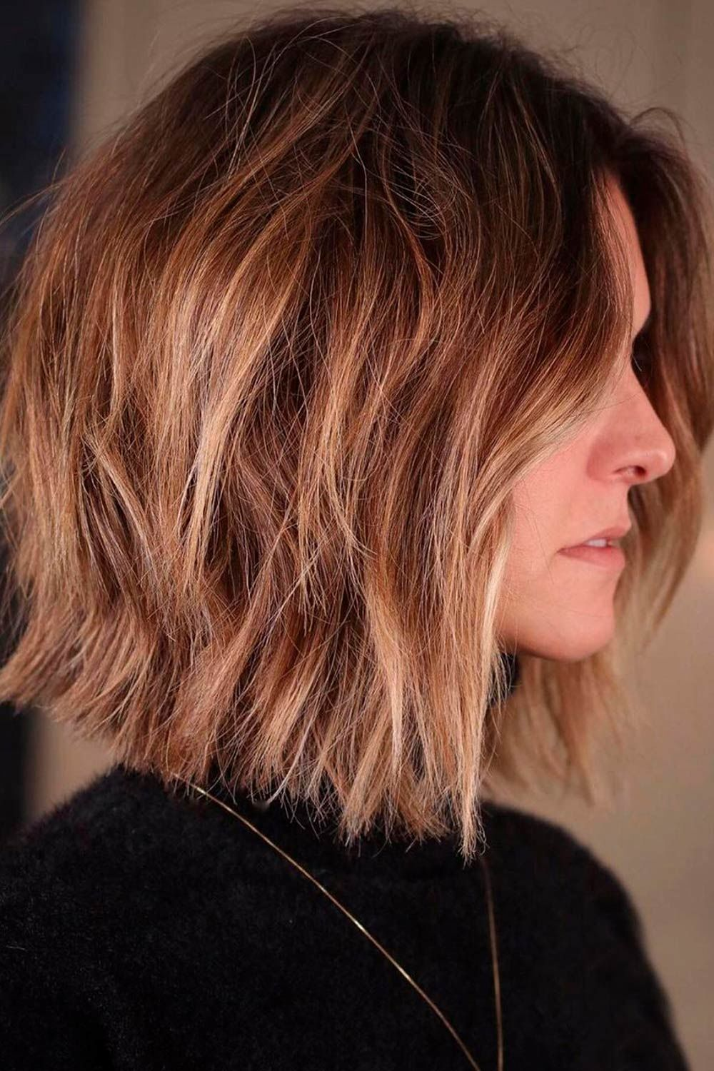 Messy Short Hairstyles For Round Faces, short hair for round faces, short hair round face
