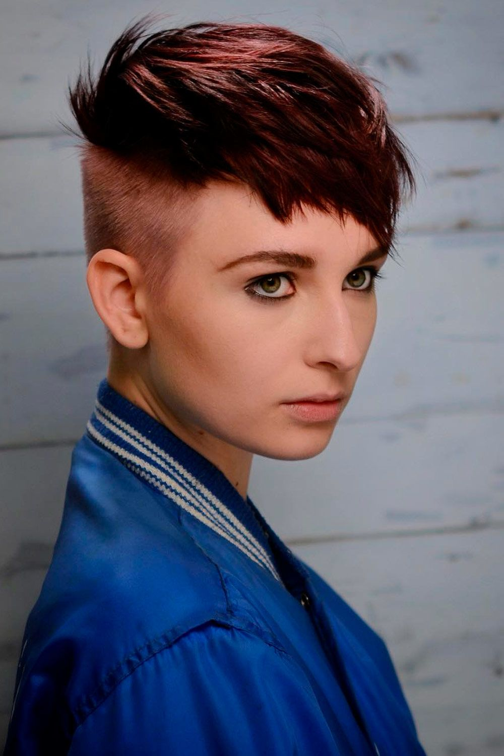 Pixie Undercut Hairstyles, short naturally curly hairstyles for round faces, short afro hairstyles for round faces