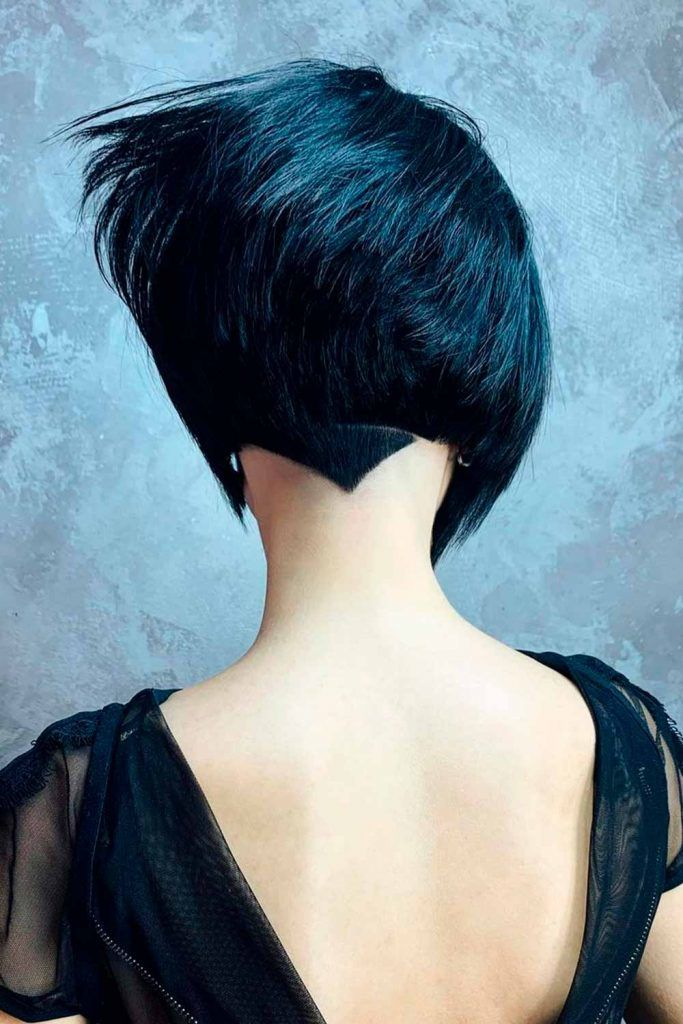 Straight And Short Wedge Haircut, wedge bob haircut, wedge style haircut, inverted wedge haircut