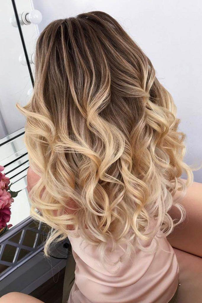 Voluminous Loose Curls