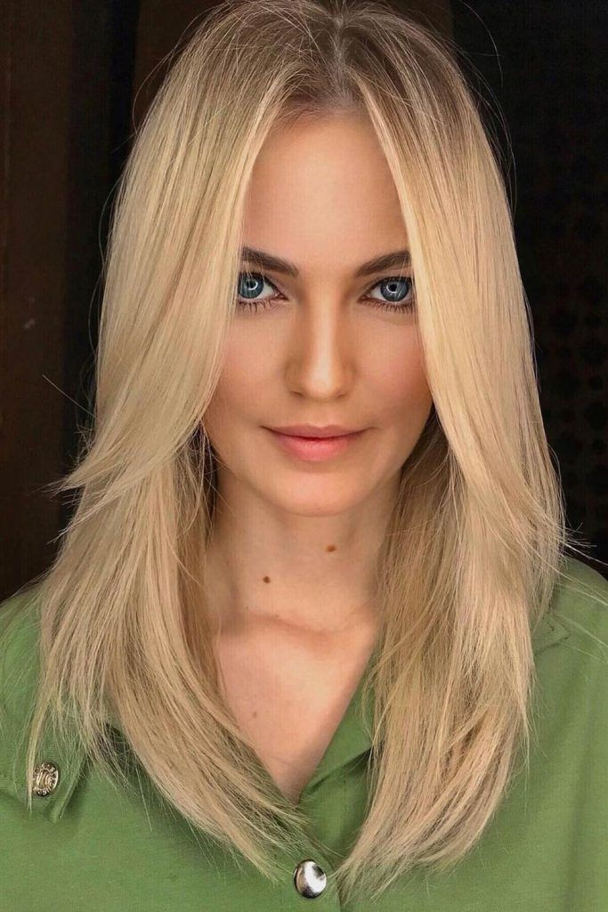 Straight Blonde Hair With Long Curtain Bang