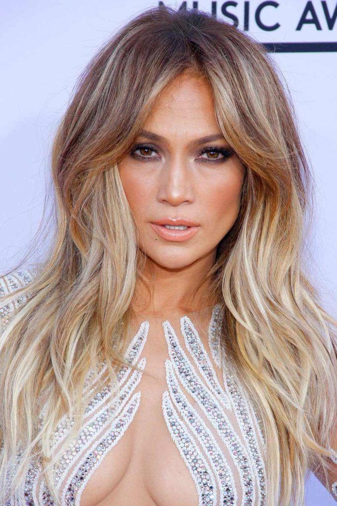 Jennifer Lopez Haircut With Curtain Bangs