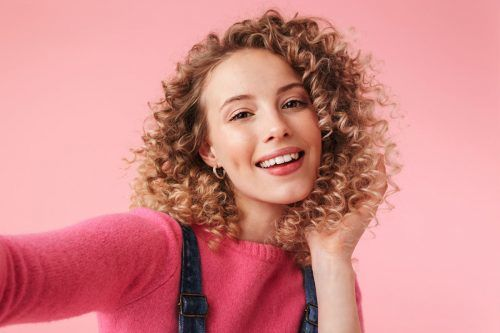 How To Plop Hair So That Your Curls Look Their Absolute Best