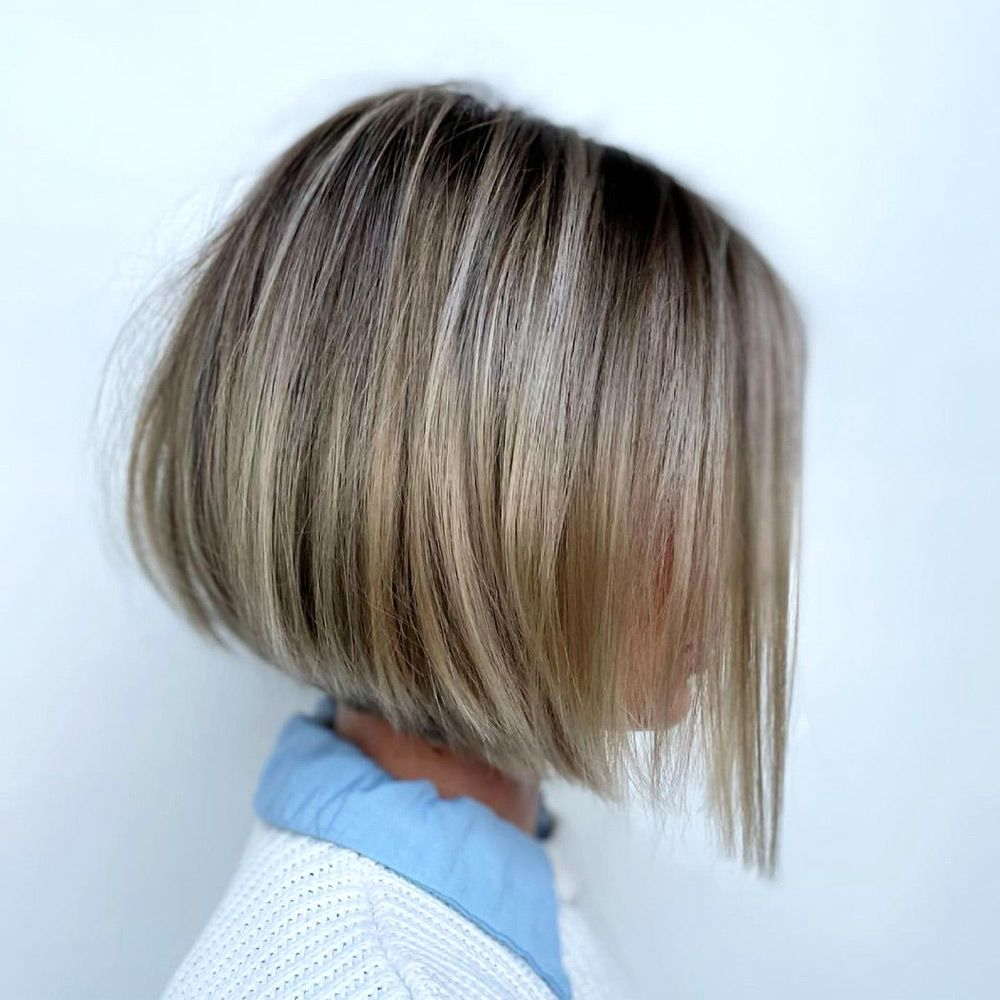 Wispy Inverted Bob With Accurate Edges
