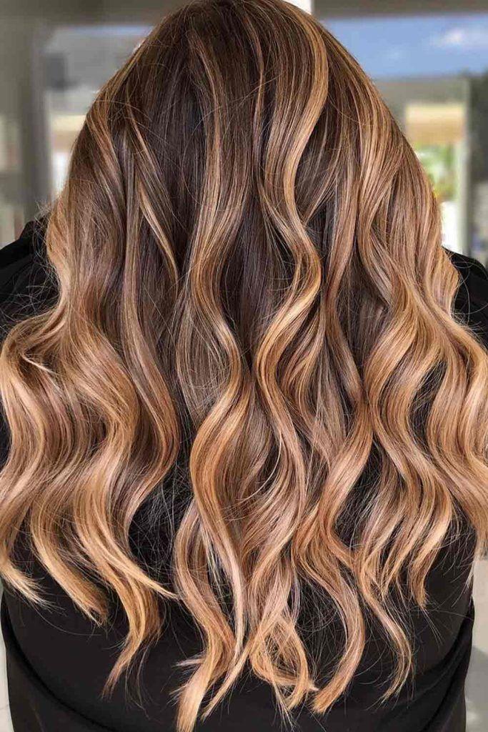 >Subtle Brunette Bronde Balayage Hair