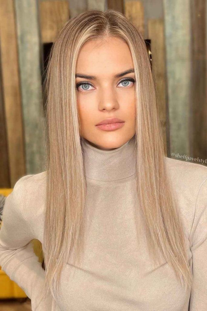 A Gorgeous-Looking Combo Of Blonde And Blue Eyes