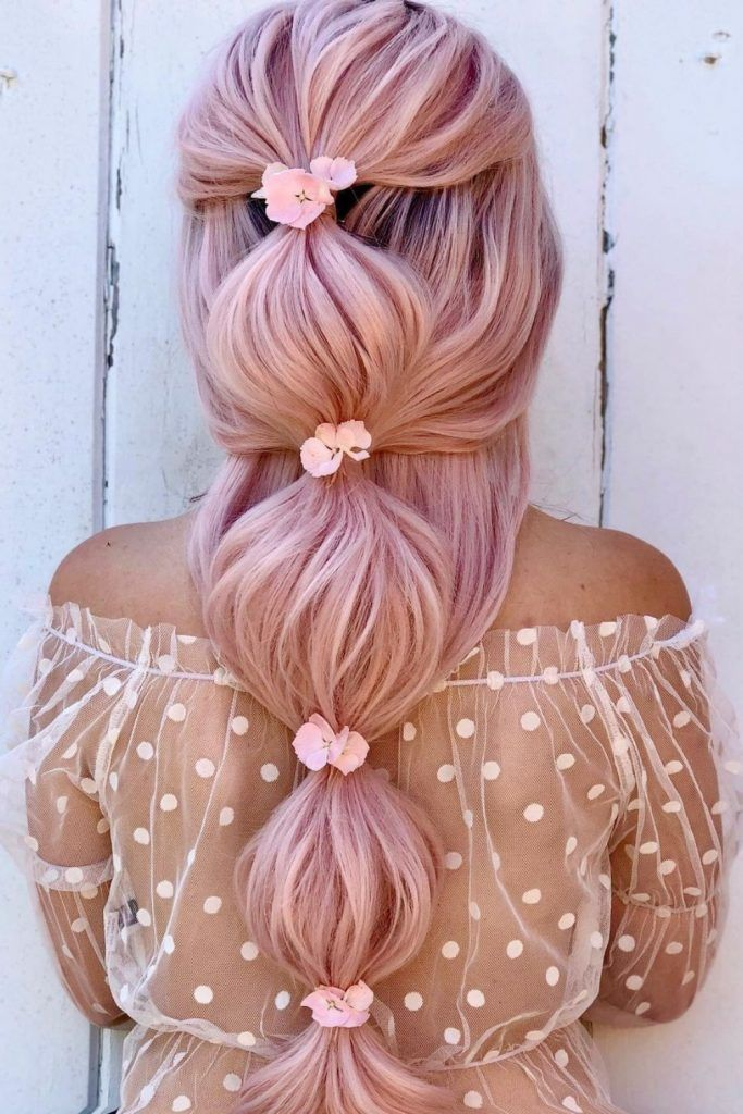 Romantic Bubble Hair With Flowers