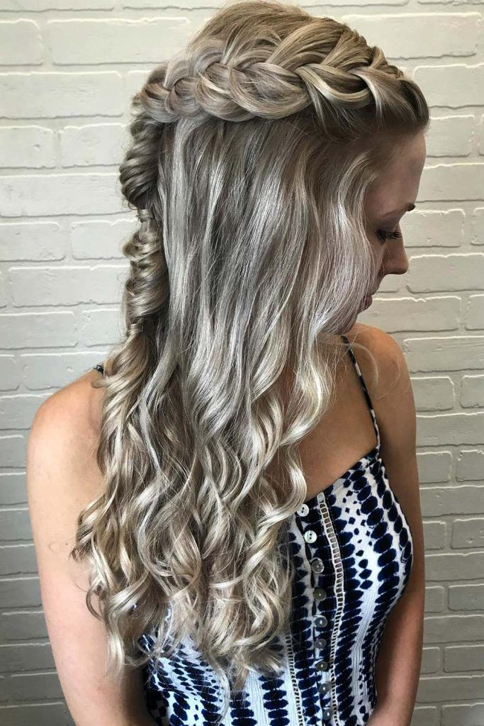 Half Updo Style for greasy Hair